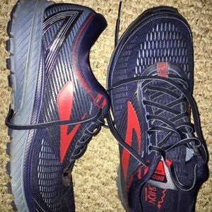 Great condition Brooks Ghost 10 size 12